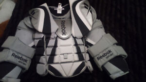 New Reebok 6K SR Goalie Chest Protector Large