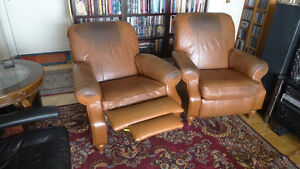2 Large La-Z-Boy Leather Recliner with pull-out footrest