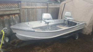 14' aluminum boat ready to fish