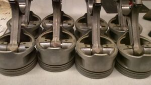 302 Ford Factory Roller Block Pistons/Rods