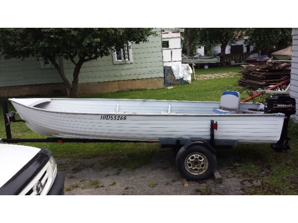 Used 1995 Alumacraft Boat Co CHALOUPE ALUMINIUM 16`