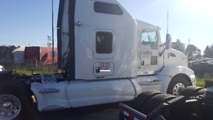 Late Model Kenworth's and Freightliners For Sale