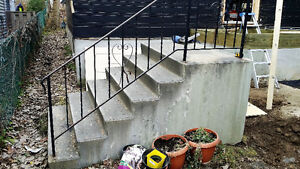 CONCRETE,PRE CAST,CEMENT STAIRS-STEP
