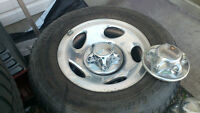 Set of 4 Ford factory 16x7 Aluminum Wheels