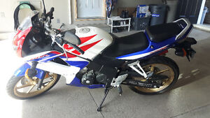 Honda CBR 125cc Bike with low KMs