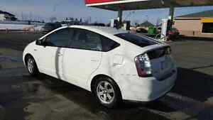 2009 Toyota Prius Hybrid ** great on gas*** Winter Tires**