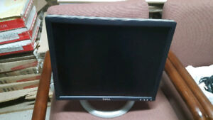 "19"" Dell 1905FP LCD Monitor 4 USB plus Rorates HDMI DVI VGA"