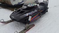 1996 Yamaha VX800V Snowmobile 1200$ F I R M