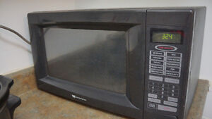 1 microwave oven plus 1 pot for free only $50