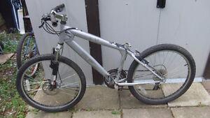 schwinn equipped youth mountain bike