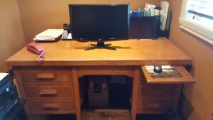 Hard wood office desk/Reduced Price