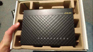 ROUTER - ASUS RT-AC68U Wireless AC1900 Dual-Band Gigabit