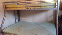 Metal Bunk Bed>>>300 or give a price