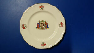 Queen Elizabeth Plate Gold Trimmings London Ontario image 1
