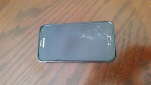 Samsung Galaxy S5 Neo with Cracked Screen