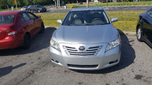 Camry hybrid XLE, leather seats, sunroof, nothing to fix,no rust