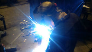 LOOKING FOR SMALL WELDING JOBS 20+ YEARS EXPERIENCE Kitchener / Waterloo Kitchener Area image 1