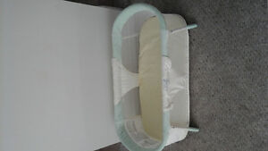 Summer Sleep by your Side Bassinet