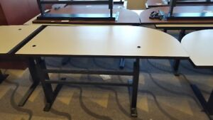 OFFICE TABLES ADJUSTABLE