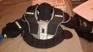 Itech youth medium goalie chest protector