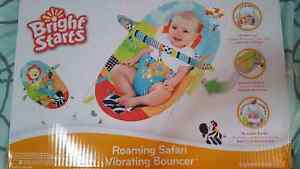 Brand NEW in Box - Infant bouncy chair