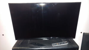 40 INCH 1080p LED!!! NEEDS TO GO