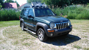 jeep liberty 2002  4 cylindres manuel 4x4