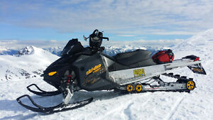 "SKIDOO XP 800r ptek 154""x2""  NO ACCIDENTS. Cleanest DOO XP."