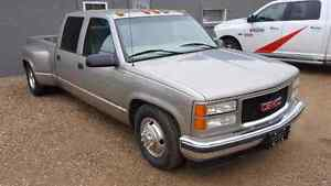 1999 GMC 3500 Dually Short box