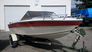 17 Ft CanaVenture Ski Boat