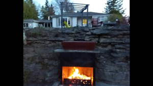 Cottage getaway for Two Beautiful Fenelon Falls/Hot Tub