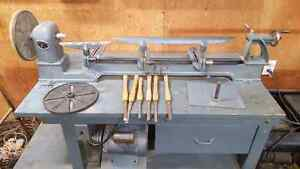 Wood lathe and accessories
