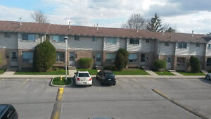 Close Fanshawe college, All furnished, included, immediately
