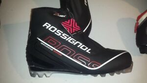 Rossignol  X-6 Classic Cross Country Ski Boots - Size 45