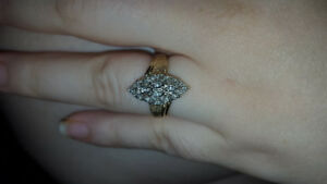 Real gold 10k white and yellow gold diamonds ring