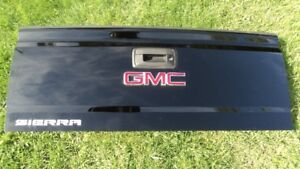 tail gate gmc sierra 2013-2018