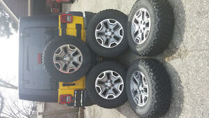 Jeep Wrangler rubicon wheels and tires