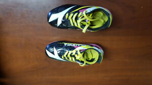 Girls soccer shoes size 11