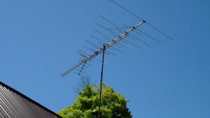 used TV antenna/antenne Channel Master