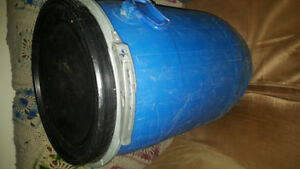 Canoe barrell for waterproof storage good  condition XL