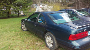 1996 Ford Thunderbird Coupe (2 door)