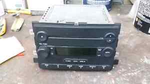 04-07 Ford CD Player