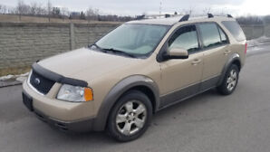 2007 Ford Freestyle SEL 7 Passenger