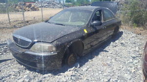 2004 LINCOLN LS.. JUST IN FOR PARTS AT PIC N SAVE! WELLAND