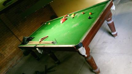 BIG Slate Pool Table 2830 X 1460mm