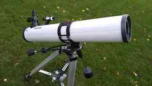Meade telescope with equatorial mount