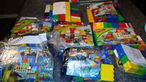 5 used and mostly retired Lego Duplo sets available  Kitchener / Waterloo Kitchener Area image 1