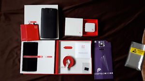 One plus one 64 GB like new (black) Unlocked