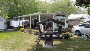 Maison de parc Camping Domaine de Rouville