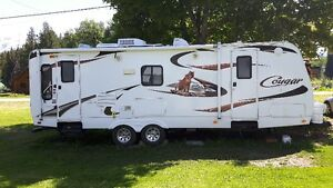 2009 Keystone Cougar 25RLS Travel Trailer